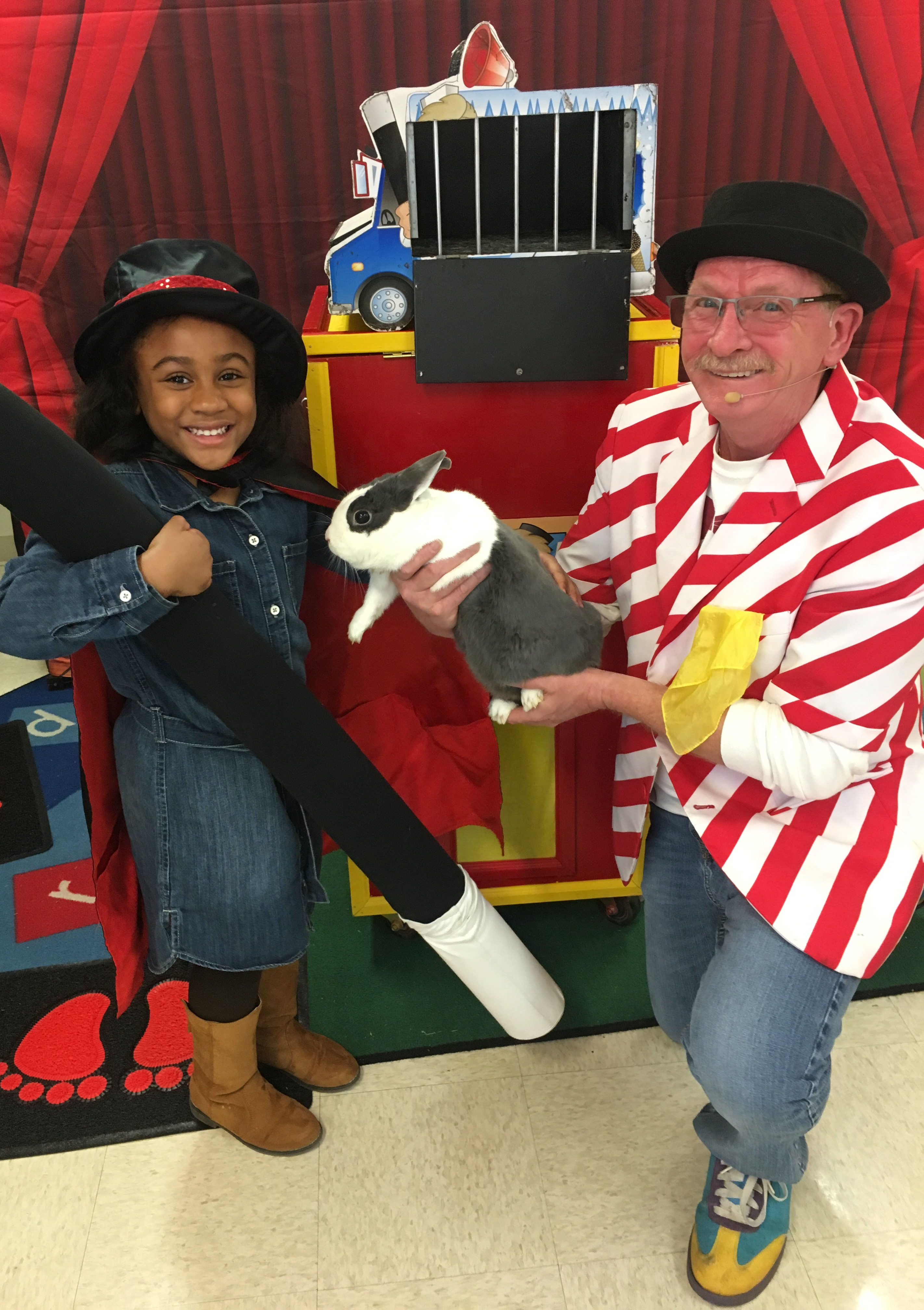 Uncle Bucks Magic Show for Kids Birthday Parties